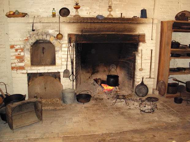 Colonial Cooking Fireplaces Of The 1800s - Year of Clean Water