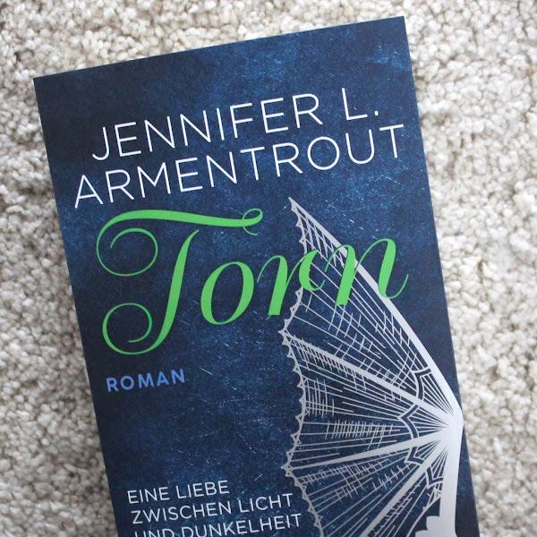 [Rezension] JENNIFER L. ARMENTROUT | Torn - eine Liebe zwischen Licht und Dunkelheit