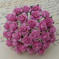 https://scrapshop.com.pl/pl/p/Rozyczki-Pink-15mm%2C-10szt.-SAA-008/5193