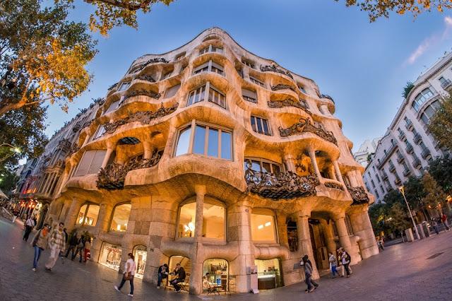 Top 10 atrações incríveis em Barcelona