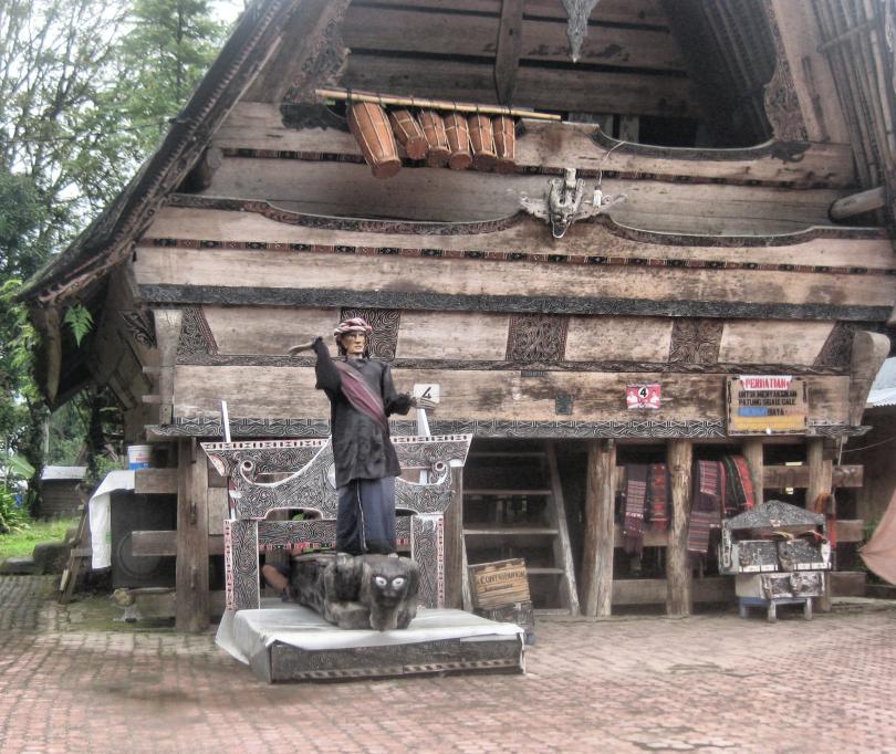Sigale-gale memiliki filosofi penting dalam adat batak di pulau samosir