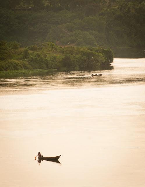 Nilul la apus; Jinja, Uganda