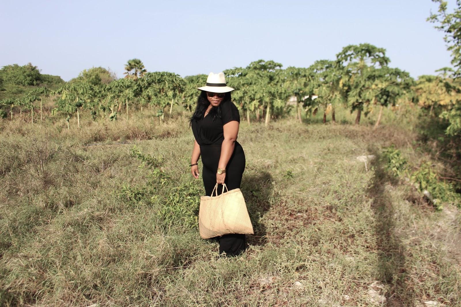 shana, curacao, blogger, fashion, caribbean style, straw bag