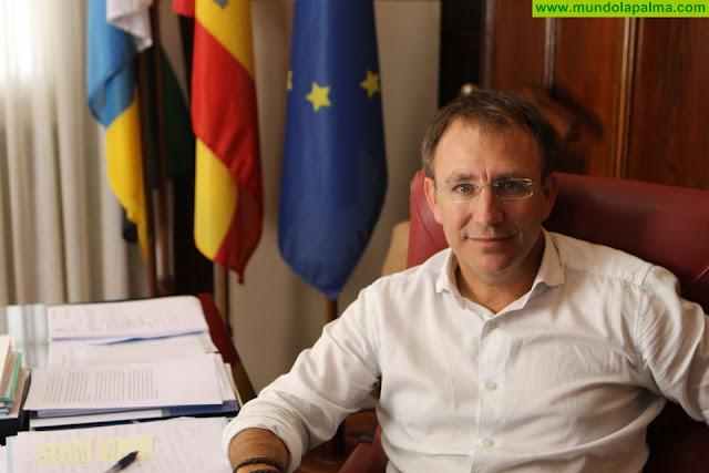 """Sergio Rodríguez: """"El presidente del Cabildo no debe perder otra oportunidad de sentarse con el Gobierno para buscar una salida al problema del Fdcan"""""""