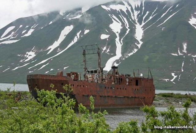 Base de submarinos abandonda en Rusia