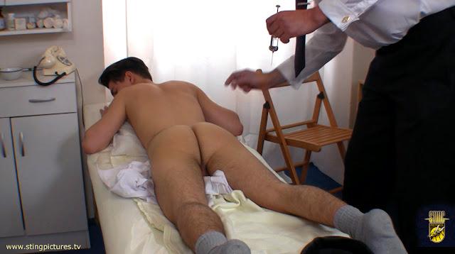 http://4.bp.blogspot.com/-NqTeC5DXmDA/UauXZWs-NuI/AAAAAAAAjy0/7YsMLjFdrDg/s1600/Clinic03.jpg