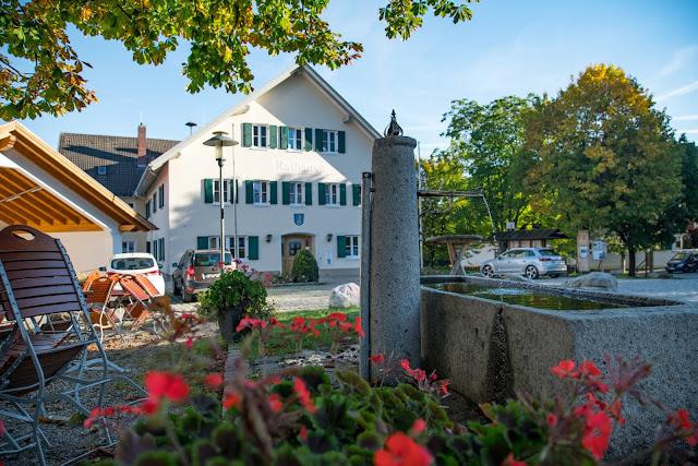 Rundweg Ohlstadt - Kreut-Alm  Freilichtmuseum Glentleiten Schwaiganger  Wandern im Blauen Land 02