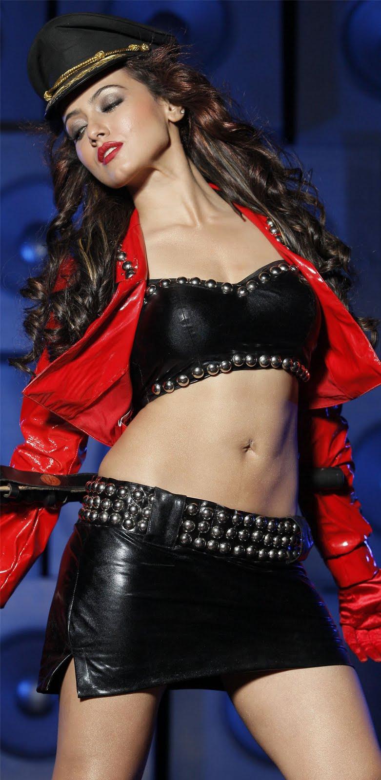sana khan sexy hot pics