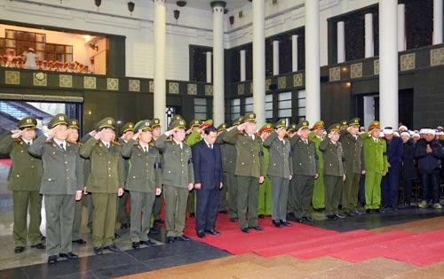 Trung tướng Trương Hòa Bình, Thiếu tướng Nguyễn Hòa Bình và đám tang Thượng tướng Phạm Quý Ngọ
