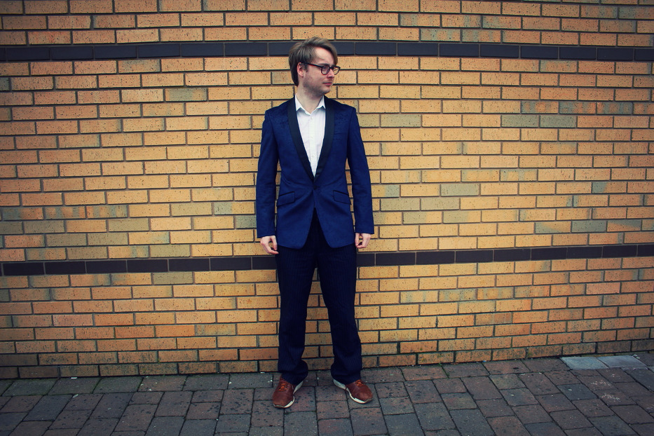 Man modelling Paisely dinner jacket