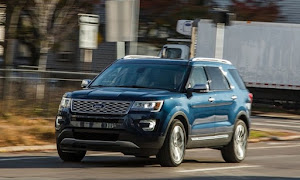 Ford Explorer Pltinum 4X4