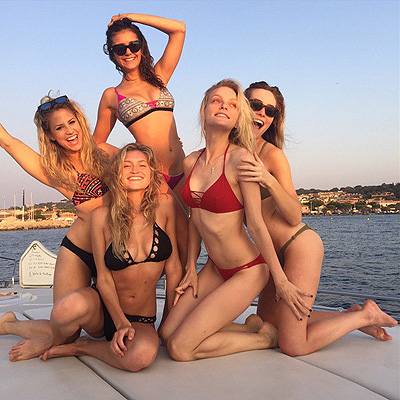 Nina Dobrev in bikini with her girlfriends went to the French Riviera to relax