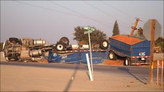 Big rig crash hwy166%2BNov1