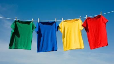 Trik Supaya Pakaian Tidak Bau Apek Saat Musim Hujan