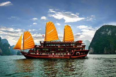 Du thuyền du lịch Hạ Long