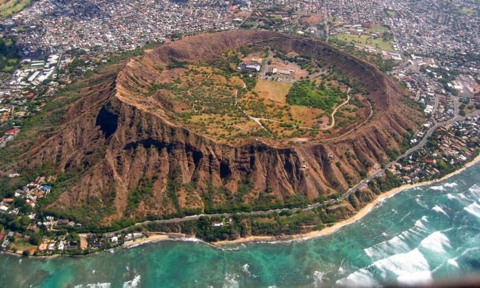 Diamond Head Crater (Le'ahi), Hawaii State Park.