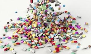 Tanggal yang tercantum pada botol obat adalah tanggal yang mana produsen obat tersebut akan menjamin keamanan dan potensi obat tersebut.