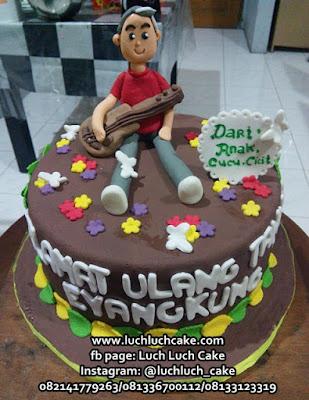 Kue Tart Untuk Eyang