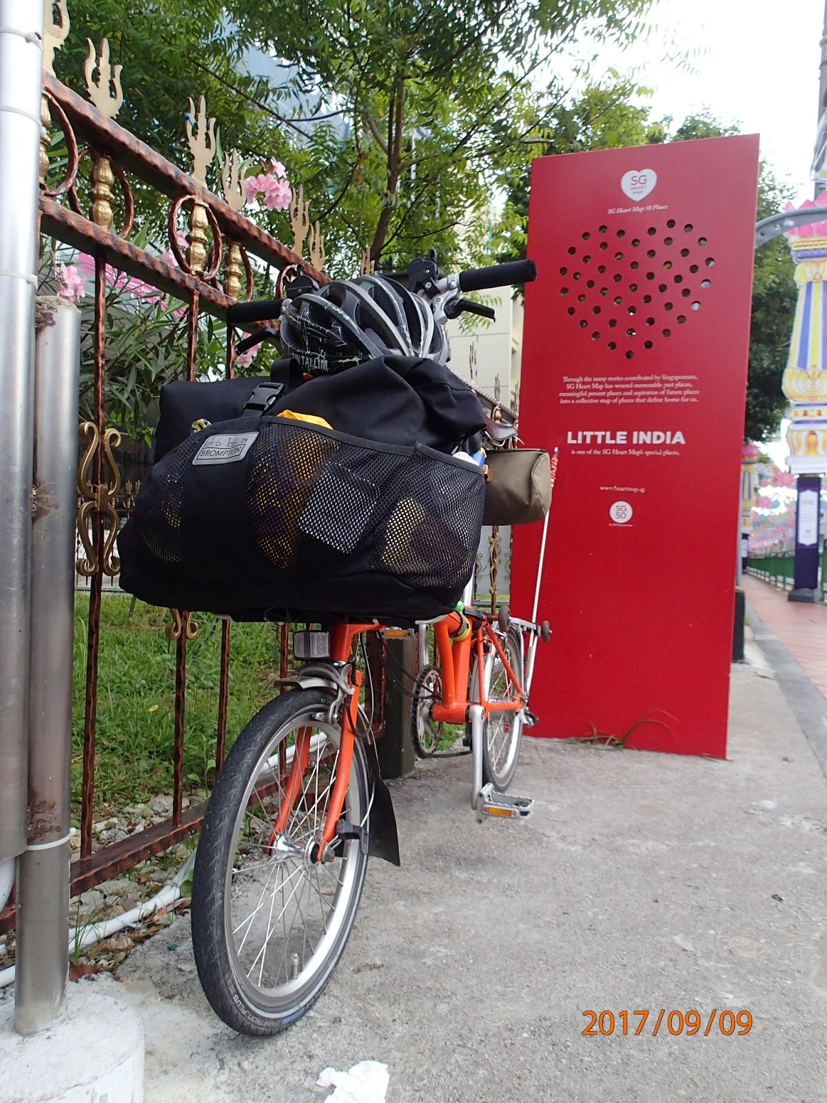 haPpY HaPpY: Cycle Malaysia Day 34 - Singapore - Johor Bahru