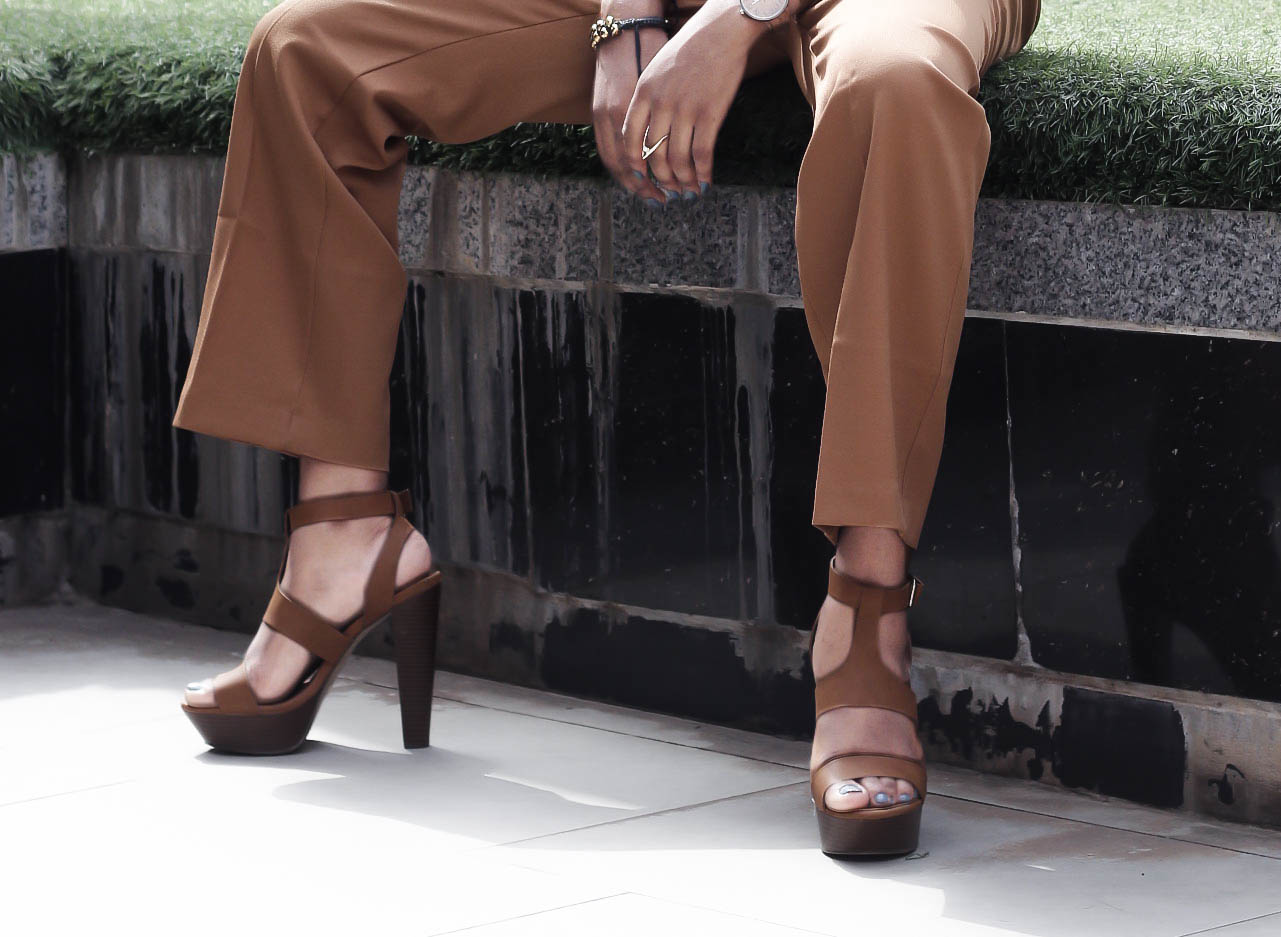 tan/brown wide leg pant, brown high heels, Cedar Adinfono, oncedarplanet