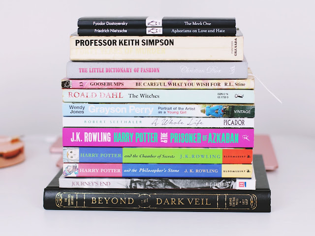 Pile of books reading round up