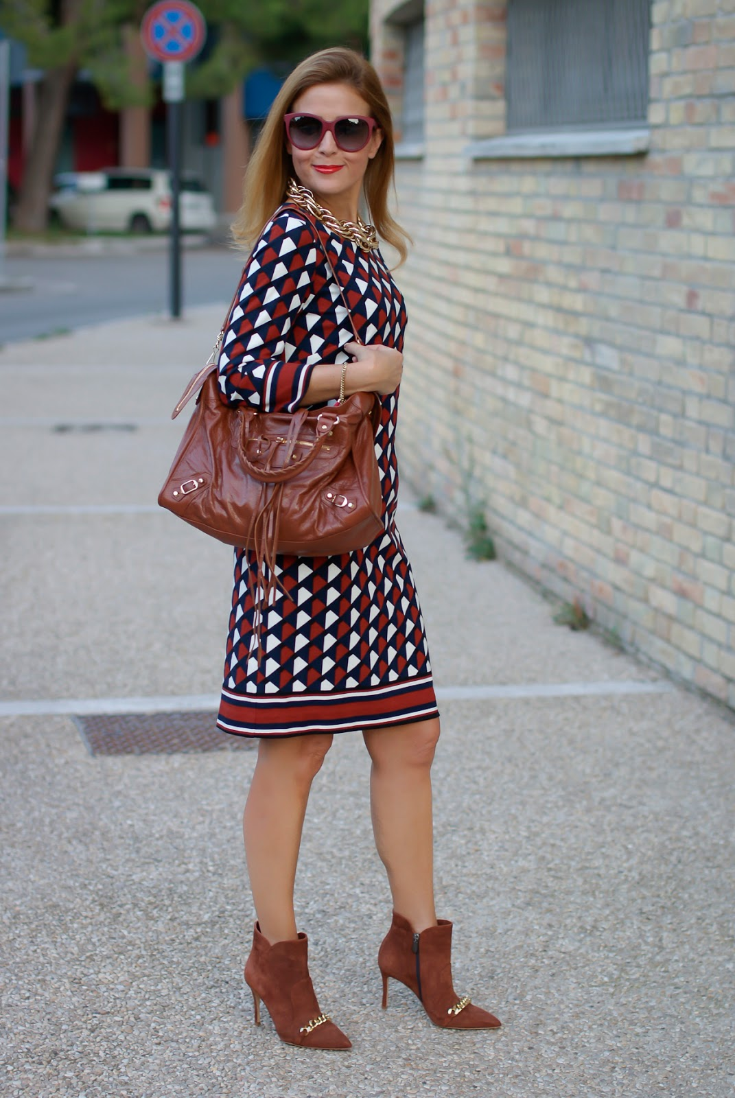 1.2.3 Paris Fall/Winter geometric print Delila dress, Icone shoes on Fashion and Cookies fashion blog, fashion blogger style
