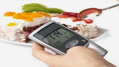 7 способів контролювати цукор в крові без ліків та добавок