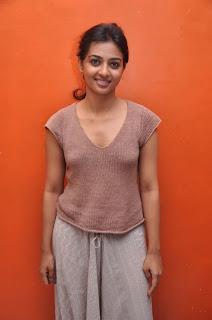 Radhika Apte Cute Stills  08.jpg
