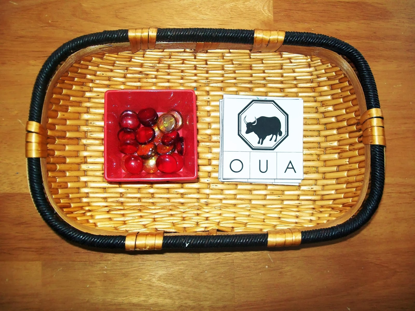 FREE Chinese Zodiac First Vowel Sound Clip Cards