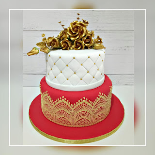 Jenn Cupcakes & Muffins: Red White n Gold Wedding Cake
