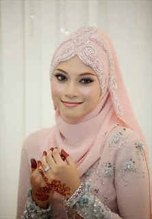 Hijab untuk kebaya saat pernikahan