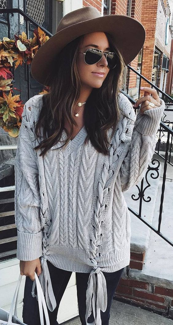 Beautiful Outfit Idea With a Hat