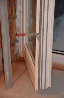 Сосновая балконная дверь из Польши