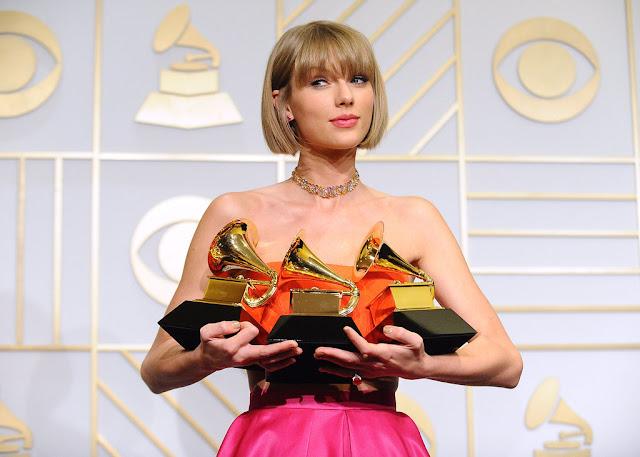 Fan de Taylor Swift escribe una carta decepcionado por la avaricia de la cantante