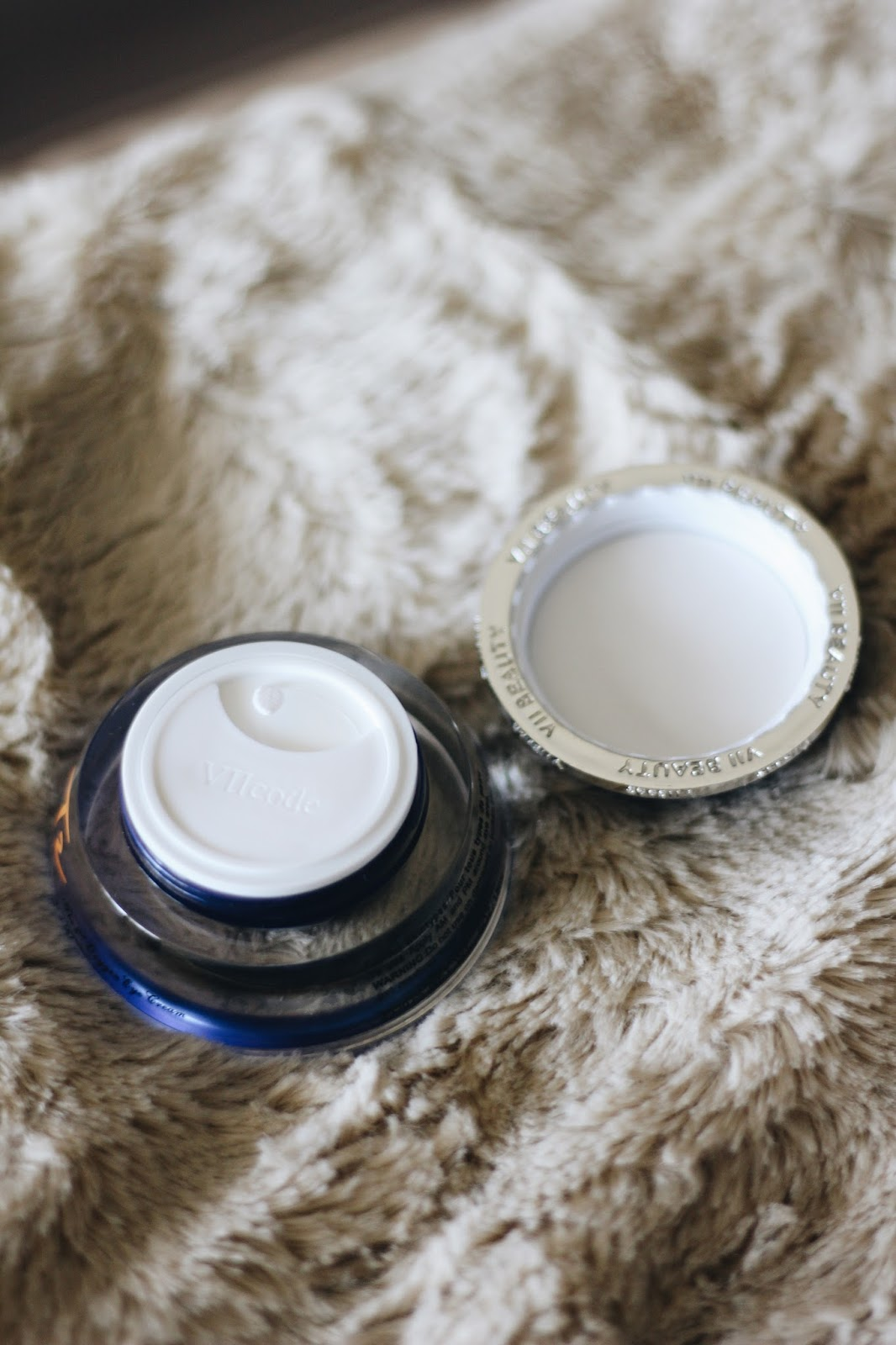 Kick Those Puffy Eyes To The Curb With VIIcode T2 Oxygen Eye Cream