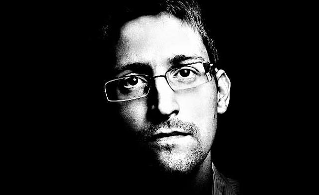 Manuel Castells: Vivimos en Estados de vigilancia permanente