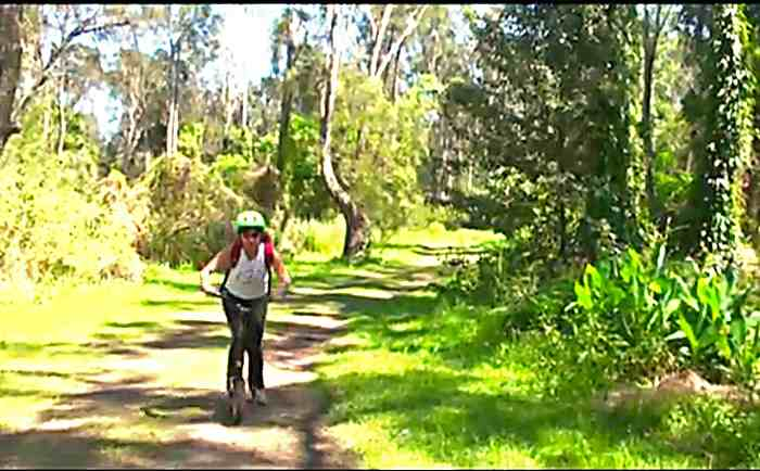 Vratka Pokorna en trottinette en Australie
