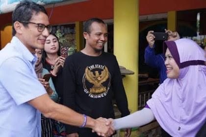 Kampanye Di Malang, Sandiaga Makan Menthok Pedas Dan Bikin Histeris Emak - Emak