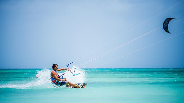 Aruba-Hi-Winds-isla-Julio-turismo-viajes-Destinos