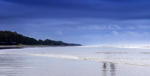 Parky Sea Beach, sea beach of bangladesh