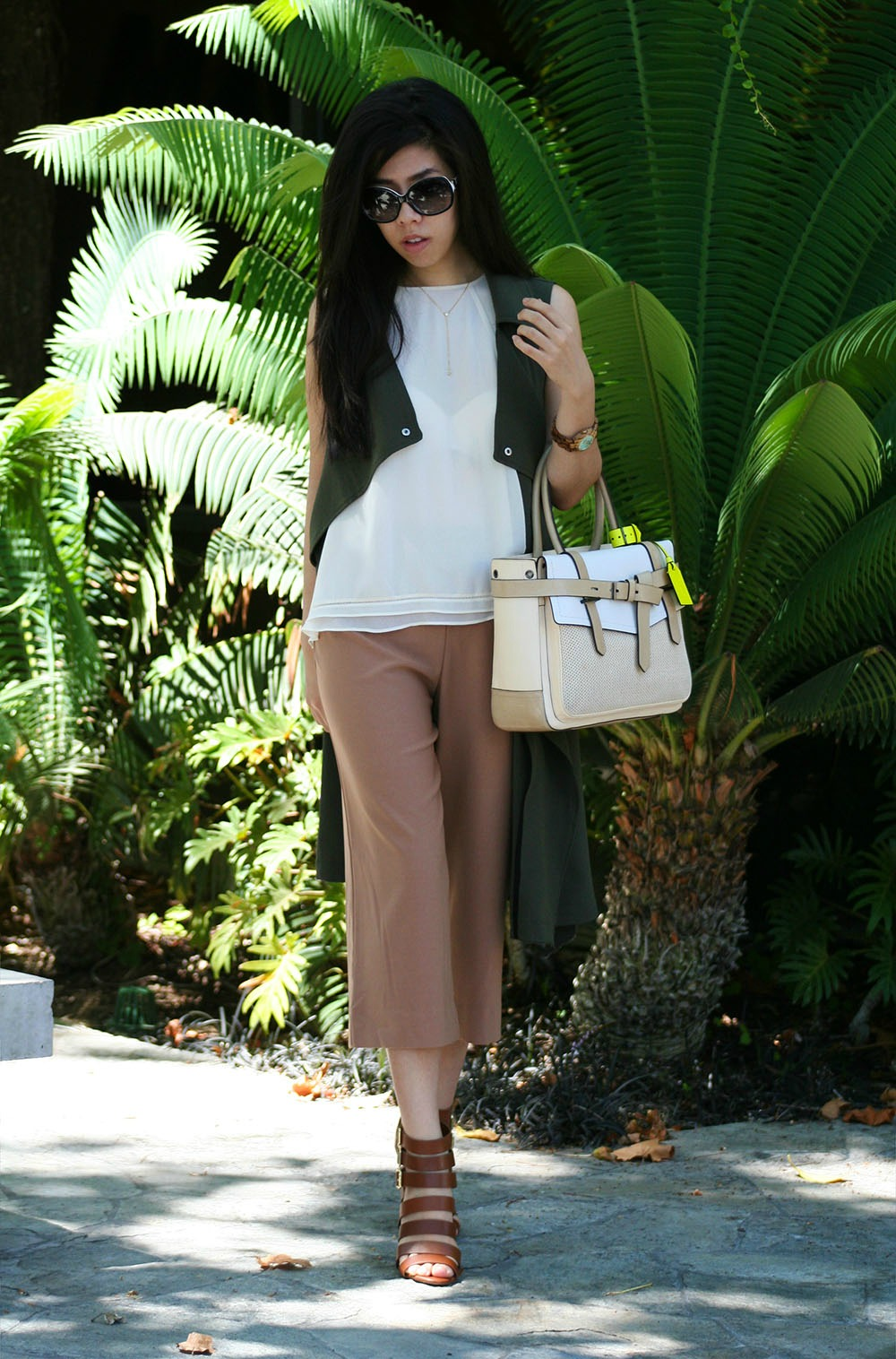 Beige Culottes _ How to Make Forever 21 Look Expensive_College Fashion _UCSD Fashion Blogger_Adrienne Nguyen_Invictus