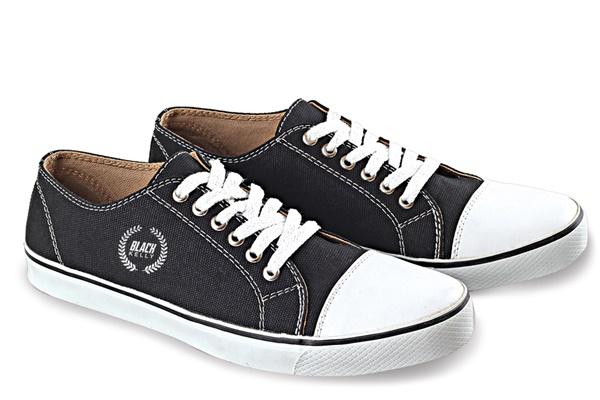 Sepatu Sekolah Blackkelly LAY 829
