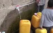 2.5 million people in Yemen's crowded cities had no access to clean water