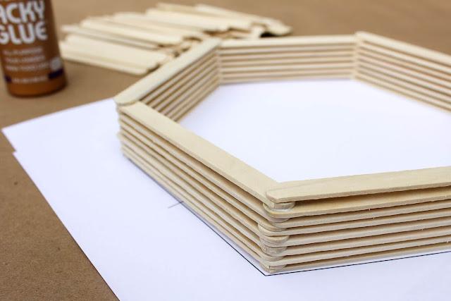 Wandregal in Sechseck-Form zum Selbermachen - perfekt für Flur, Küche und Kinderzimmer