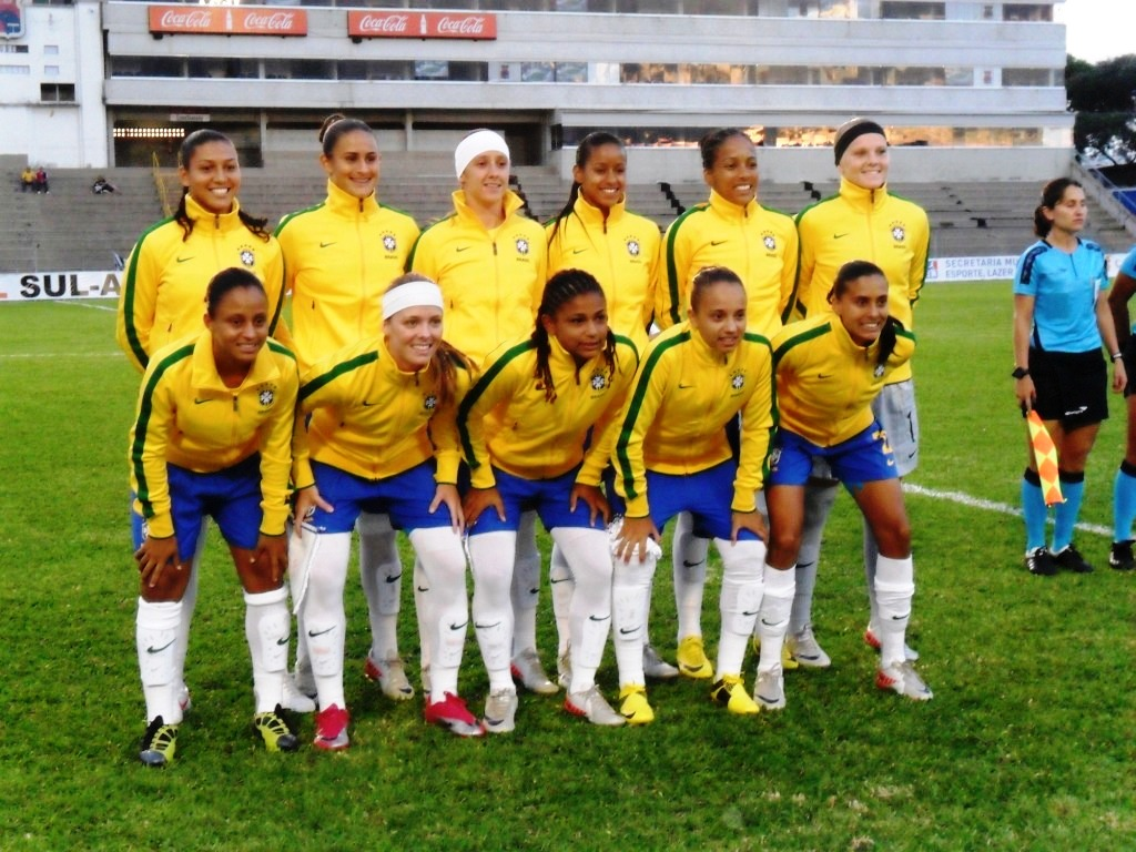 Brasil 2 x 0 Paraguai - Copa Sul-Americana de Futebol Feminino Sub-20 em  Curitiba. eb42c1865e058