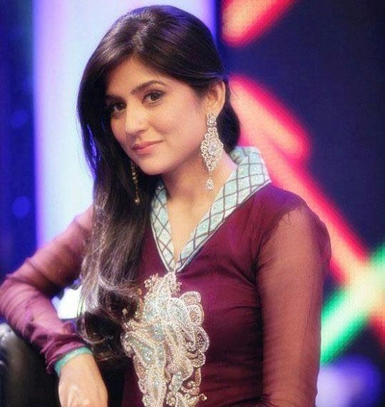 sexiest-Pakistani-Actress-Sanam-Baloch