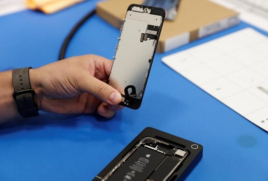 Apple to Make iPhone Screen Repairs Easier in 25 Countries by Year-End