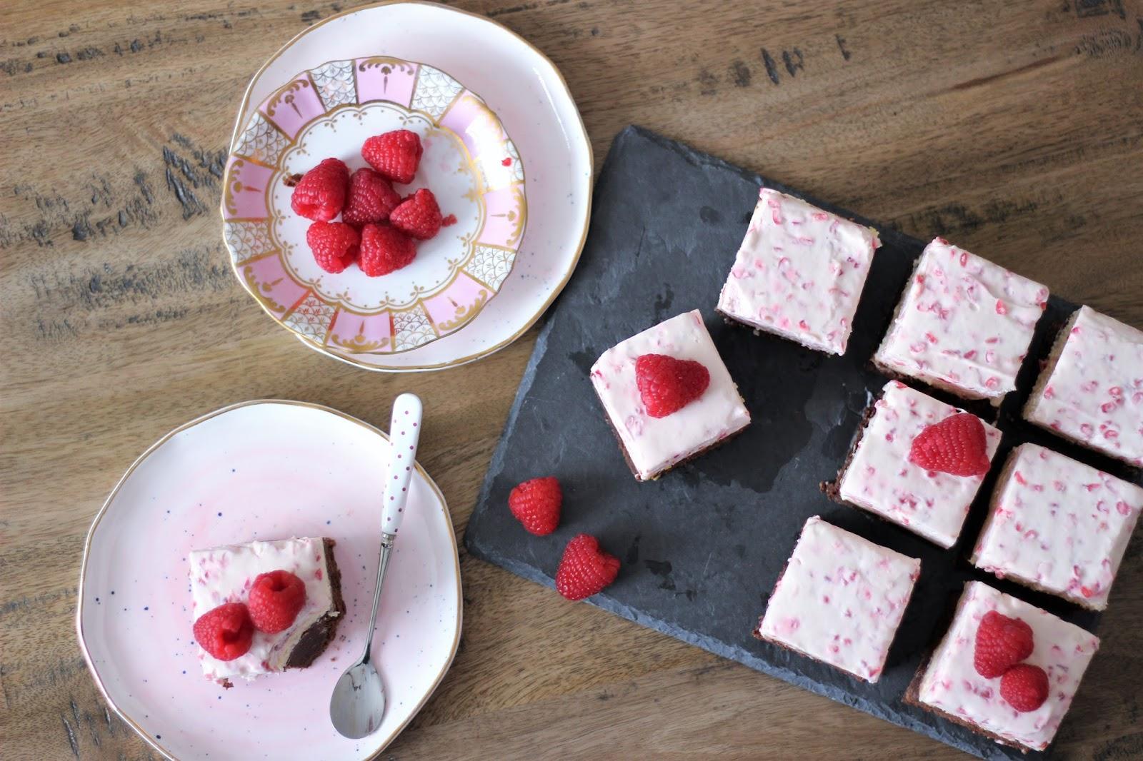 valentines-day-raspberry-cheesecake-brownies