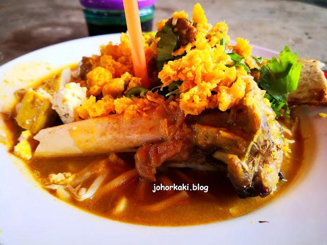 Restoran-ZZ-Mee-Rebus-Tulang-Gearbox-Lamb-Shank-JB