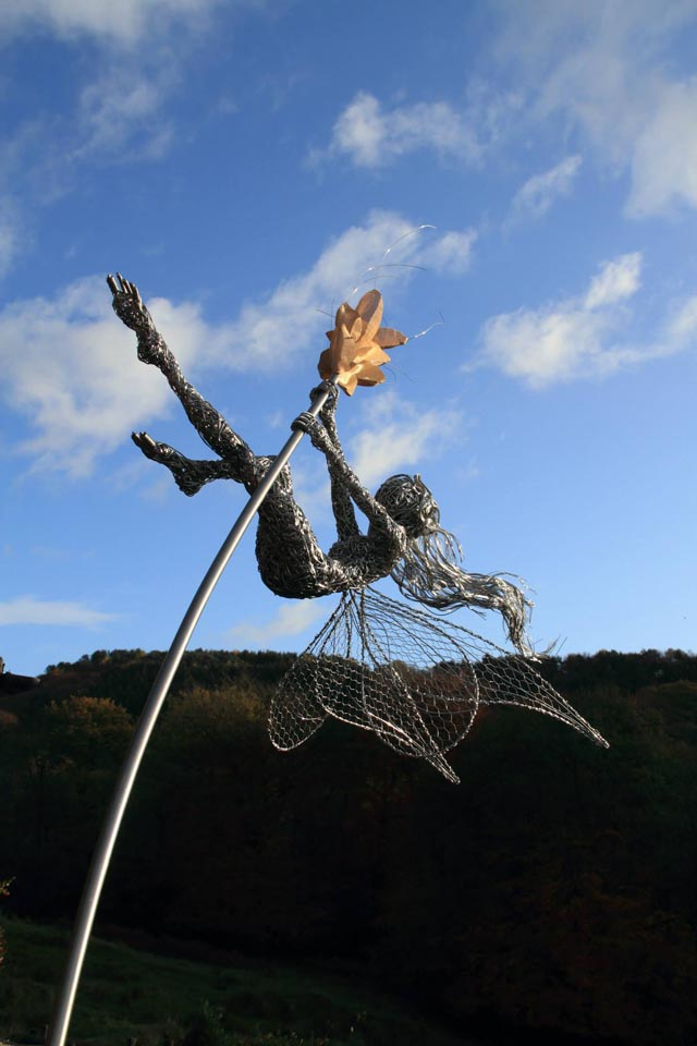robin wight wire sculpture fairies art people gallery